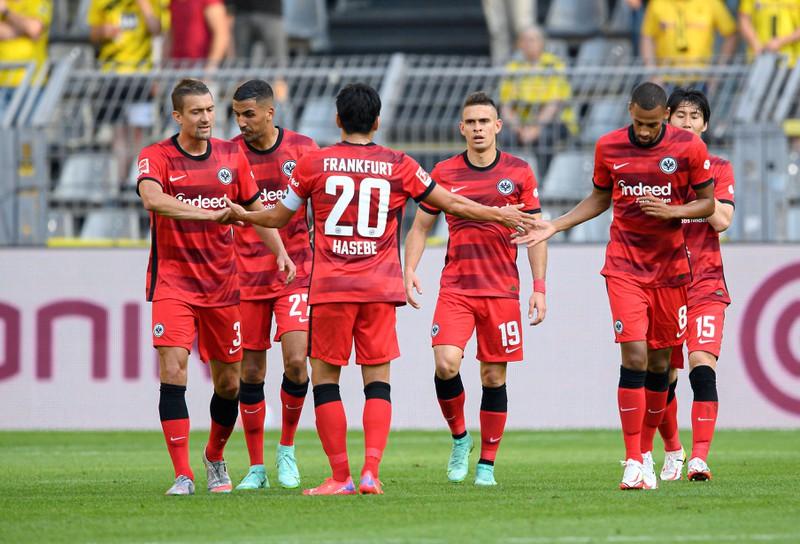Borré, Hauge, Daichi Kamada und Jesper Lindström spielen zusammen bei Eintracht Frankfurt