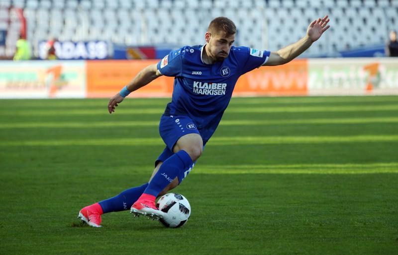 CharalamposMavrias ist auf Platz 6 der jüngsten Spieler der Champions League Historie