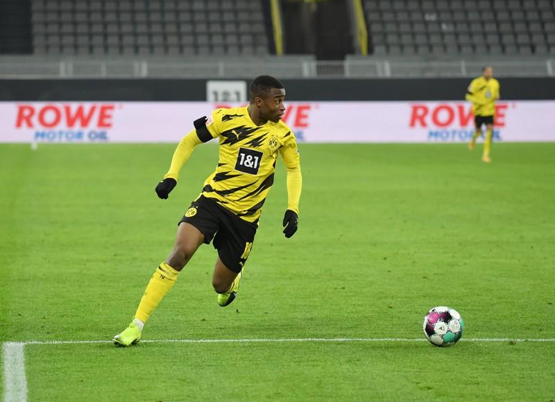 Youssoufa Moukoko ist nun der jüngste Spieler in der Geschichte der CL mit seinem Debüt im ALter von 16 Jahren und 18 Tagen