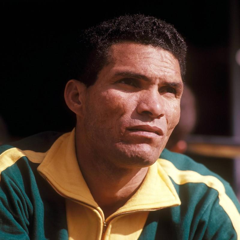 Nicht nur in Brasilien ist der Name Garrincha legendär, schließlich war der Dribbelkünstler einer der besten Fußballer aller Zeiten