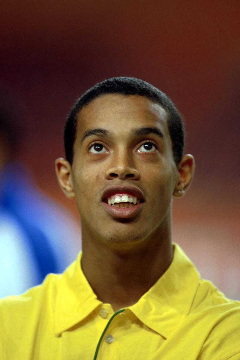 Ein weiterer Beinahe-Transfer der Bundesliga-Geschichte ist der von Ronaldinho zum BVB, der 2001 am Brasilianer scheiterte