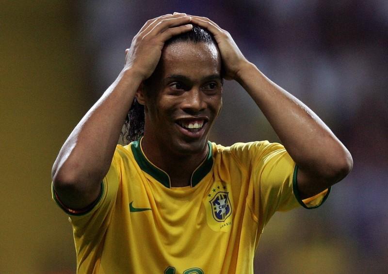 Ronaldinho ist einer von vielen Top-Stars, der fast in die Bundesliga gewechselt wäre