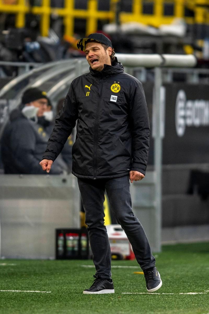 Langsam kommen an Edin Terzic Zweifel auf, auch bei der Mannschaft des BVB