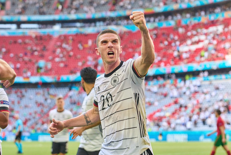 Robin Gosens bejubelt seinen Treffer gegen Portugal