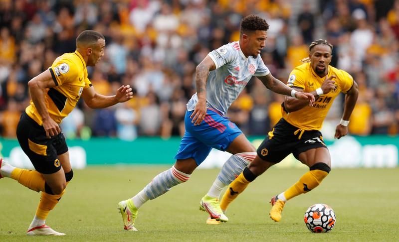 Jadon Sacho verließ Borussia Dortmund und wechselt wieder in die Heimat England nach Manchester United für 85 Mio. Euro
